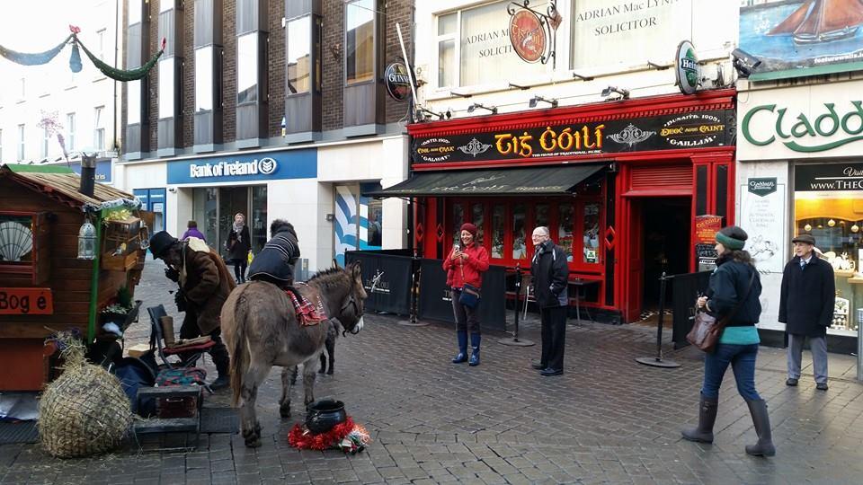 Tig Coili Galway bars