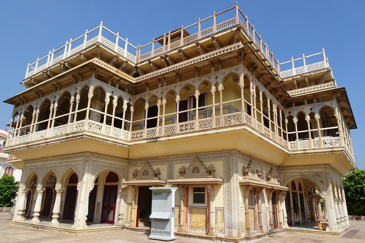 city-palace--jaipur private tour
