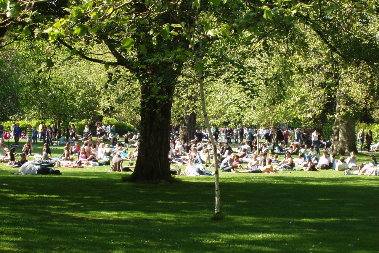 St. Stephen's Green on a sunny summer's day. Photo courtesy of the Office of Public Works