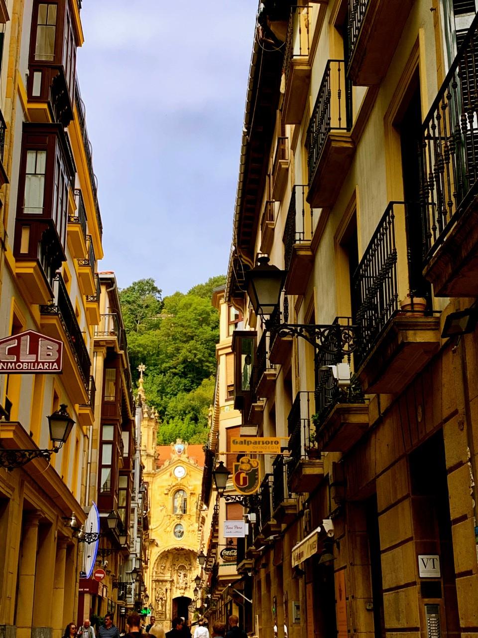 San Sebastian-Saint Mary del Coro at End of Street
