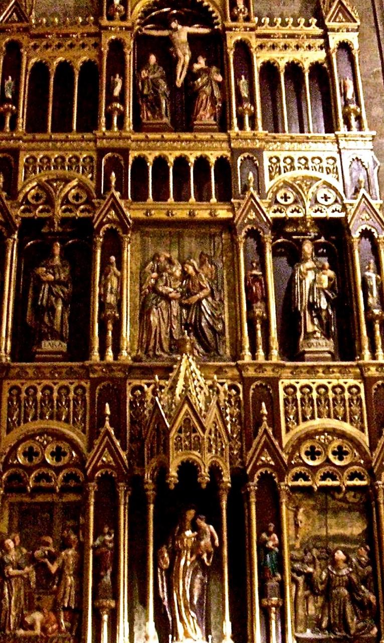 San Sebastian-San Vincente Altar Carving