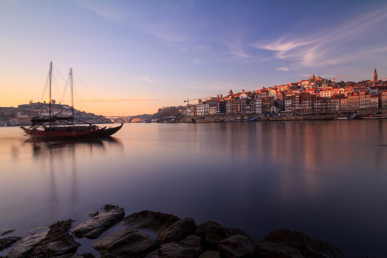 relocating to portugal oporto