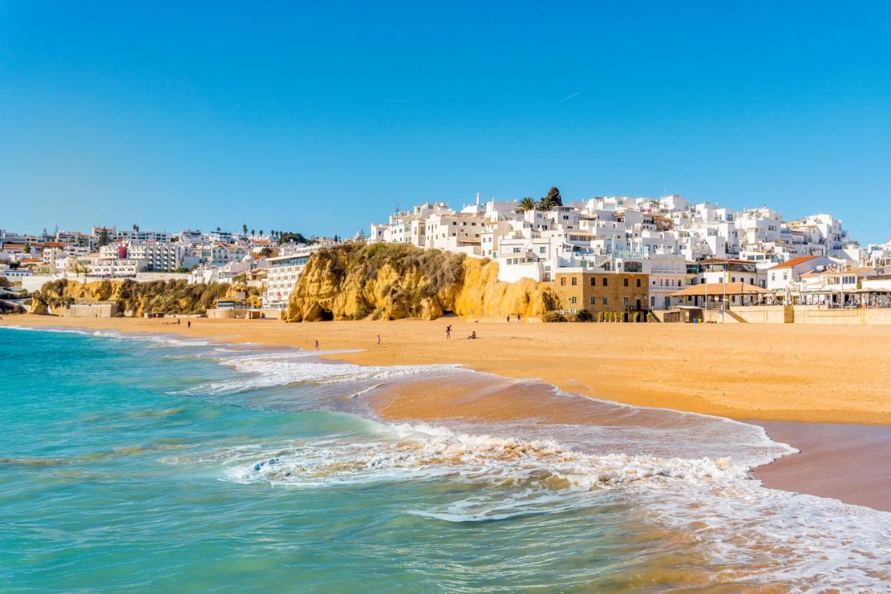 retire to Portugal Albufeira