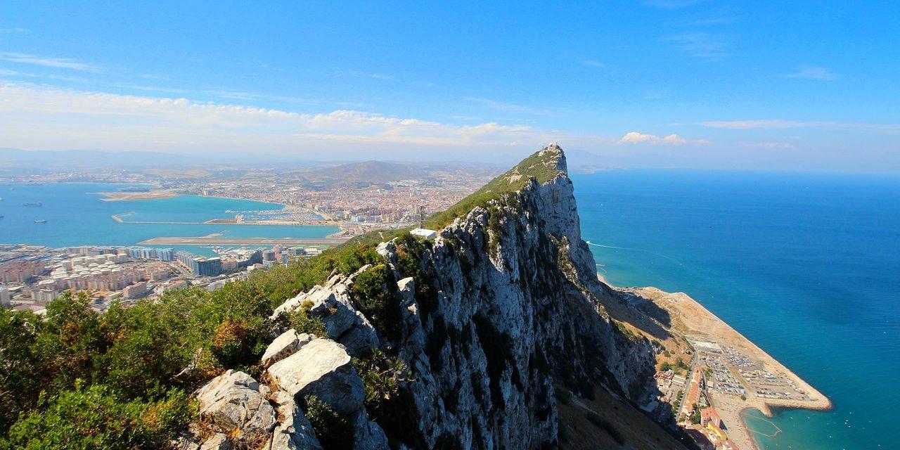 https://travelinspires.org/wp-content/uploads/2020/07/Gibraltar-Spain-Rock-1280x640.jpg