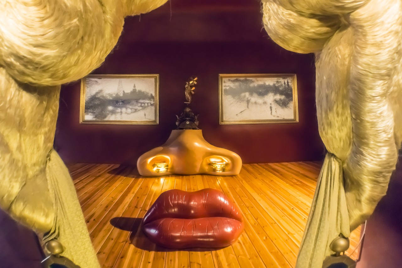 Mae West Room at the Dalí Theatre Museum in Figueres Catalonia