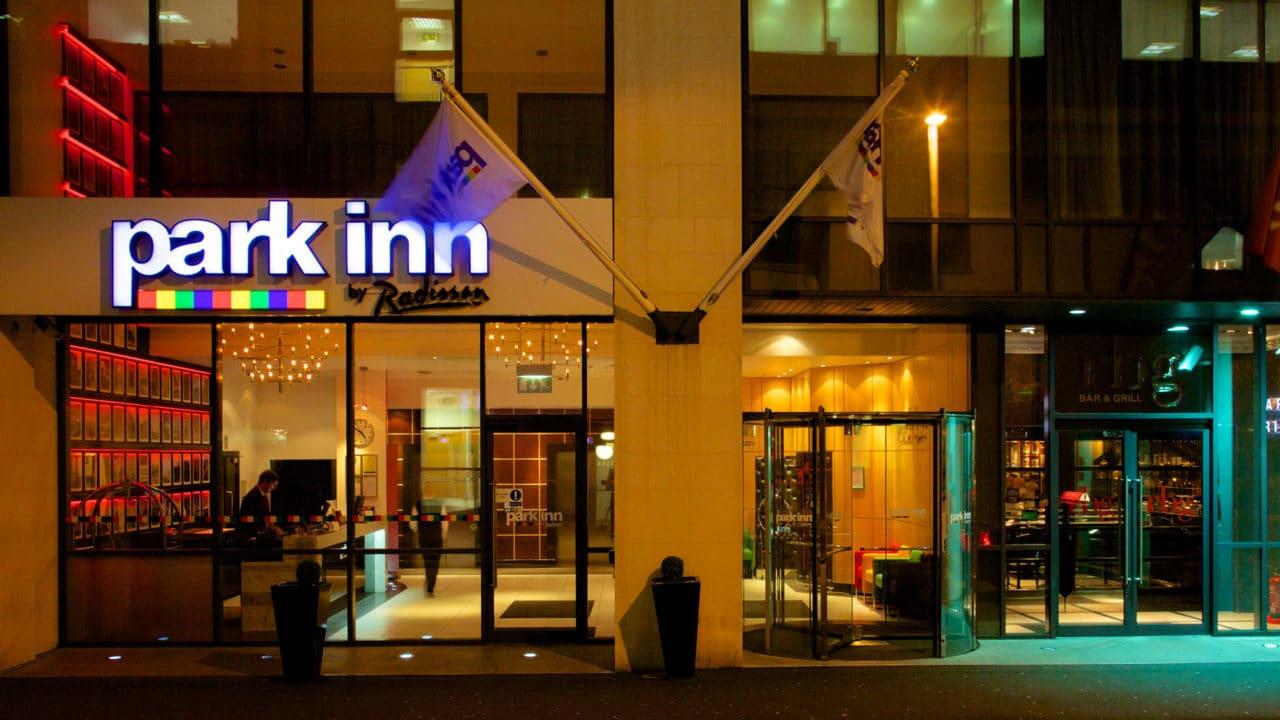 https://travelinspires.org/wp-content/uploads/2020/07/Park-Inn-By-Radisson-Hotel-Belfast-outside-1280x720.jpg