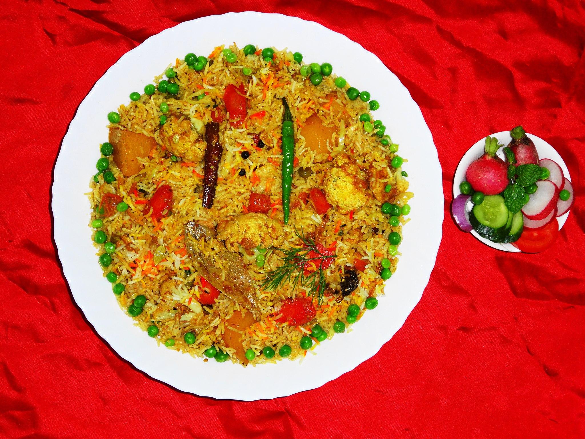 best vegetarian dishes India Veg Biryani