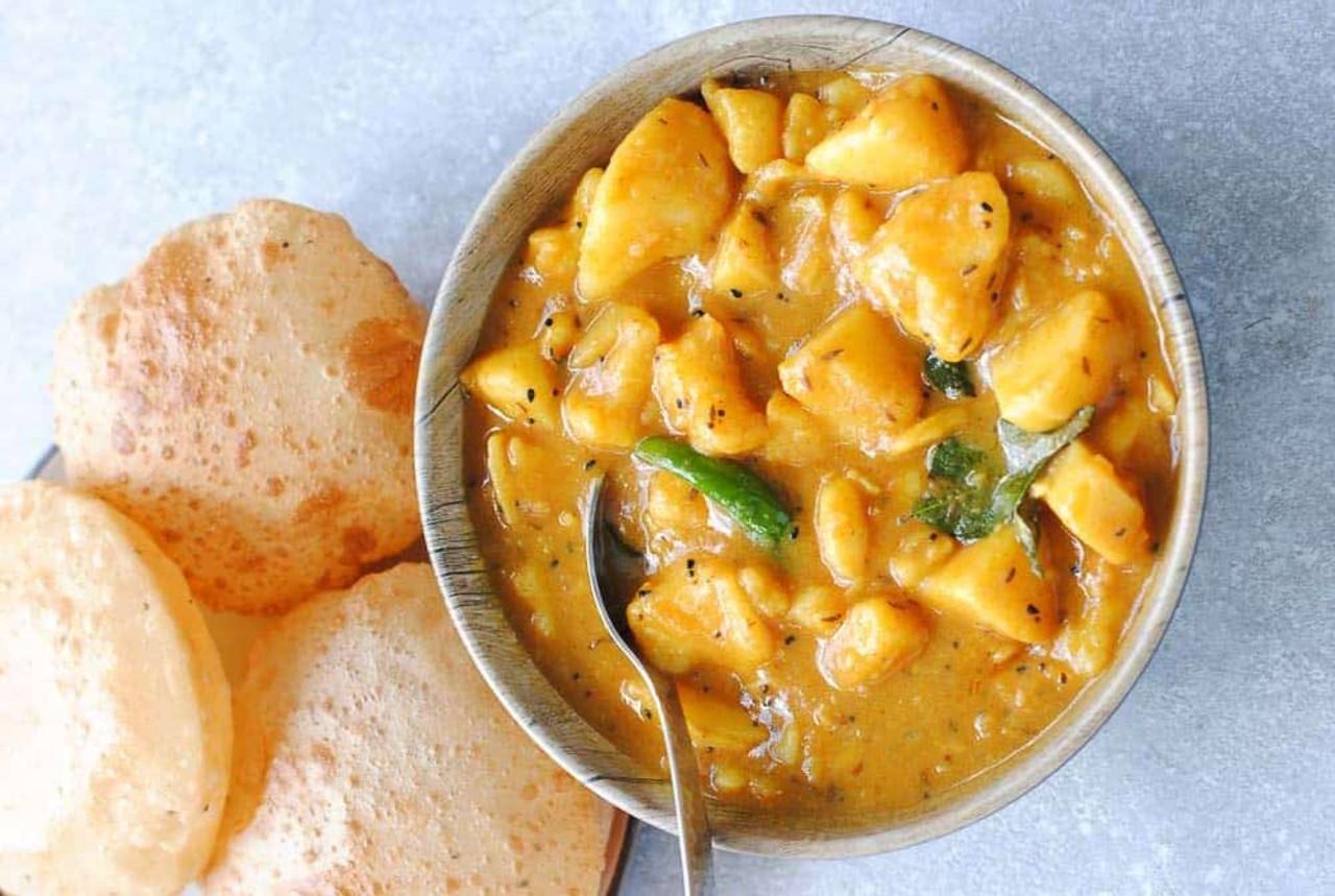 best vegetarian dishes India Aloo-Puri