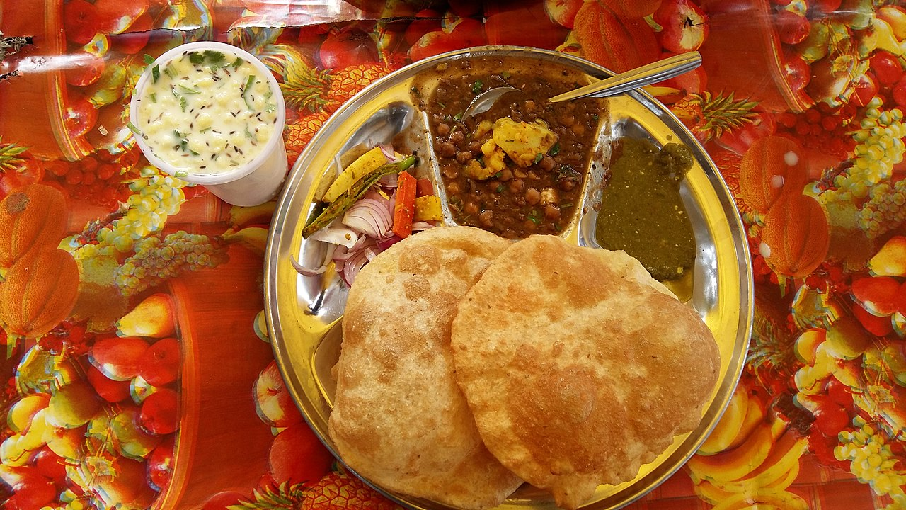 best vegetarian dishes India Chole Bhature