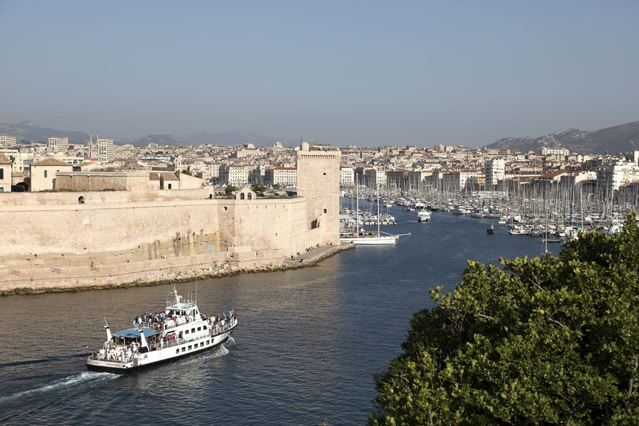 https://travelinspires.org/wp-content/uploads/2020/08/Marseille.41247-1280x853.jpg